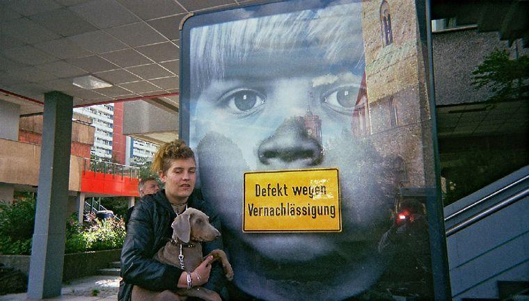 """Bild der Fotoausstellung """"Kennen wir uns? Straßenkinder fotografieren ihre Welt"""". Toblerone, """"Ohne Titel"""""""